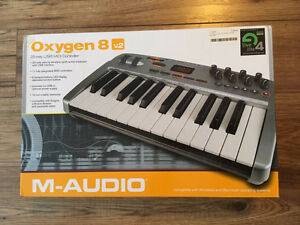 MIDI Keyboard- Oxygen 8 -M-Audio v2