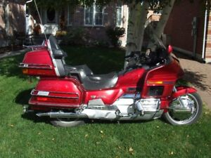 GOLDWING ASPENCADE CANDY APPLE RED MINT COND.