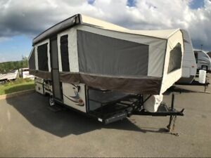 2013 Forest River Rockwood Tent 1907BH
