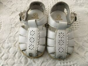 Girls 3 month Buster Brown Sandals