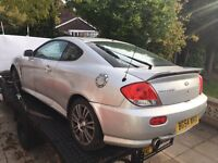 Hyundai coupe 2005 2.0 se breaking parts spares leathers alloys