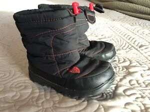The North Face Boys Winter Boots - Size 7