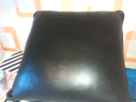 4x XLreal leather cushions used but plenty of life