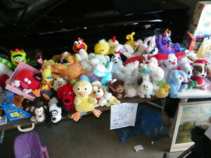 Big lot of Musical stuffed animals