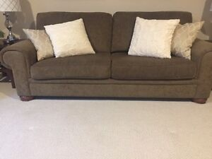 Compfy Couch
