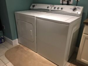 Washer & Dryer   4yr Old Kenmore Set