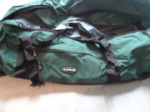 North 49 Duffle bags For sale