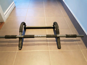 Pull-up workout bar