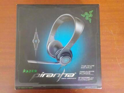 Razer Piranha Gaming Headset & Stand