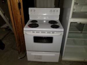 Excellent Condition, clean working oven and stove-top!