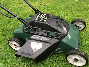 Black & Decker M2240 Lawnmower