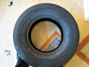 Continental Vanco 4 season tires Mint condition