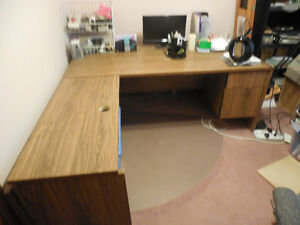Large L shaped computer desk