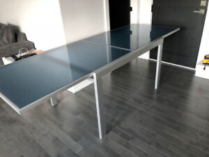 Long Elegant Glass Dining Table (Retractable)