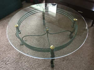 EXCELLENT CONDITON BEAUTIFUL CAST IRON COFFEE TABLE
