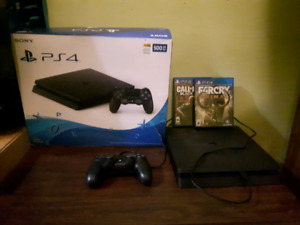 PS4 500 GB only 2 months old