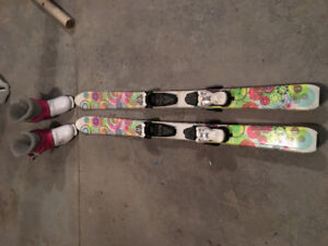 110 technopro downhill skis and 254mm boots