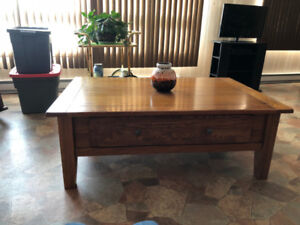 Beautiful Hard Wood Coffee Table and 3 Side Tables