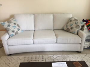 3 seater couch in great condition, only 1 year old.