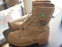 csa steal toe boots size 7 asking 30