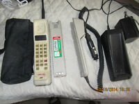 HEAVY DUTY CELL PHONE, LARGE MOTOROLA, WITH BATTERIES
