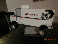Rare Snap-On tool truck glass holder!