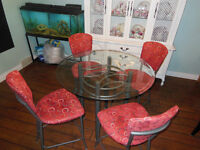 Counter Height Glass table w/ 4 chairs