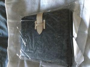 iPad 2 / 3  case with Michael Kors print