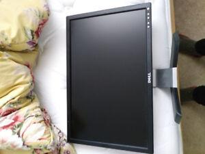 Computer Monitor.  Dell E207WFP.