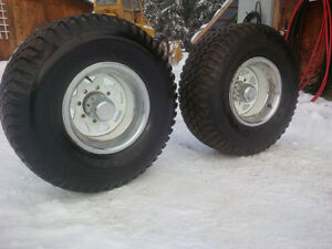 2 Only - 33 x 12.5 x 15 Inch Hancook Dynamic Radial Tires Prince George British Columbia image 4