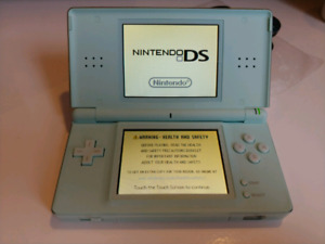 Nintendo DS Lite turquoise bundle with 23 games