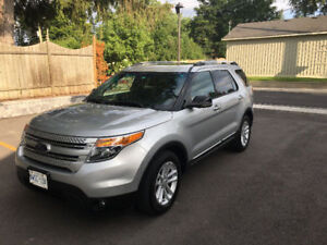 2013 Ford Explorer XLT - Leather Heat Seats, Pano Roof, Ecoboost