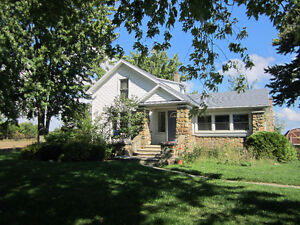 COUNTRY HOME.. OPEN HOUSE SAT. OCT. 22  2PM-4PM