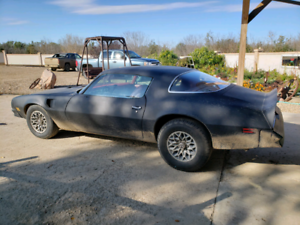 1977 Pontiac Firebird Trans Am 400 4SPD