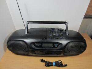 Panasonic RX-DT55 Portable Radio Boombox Stereo