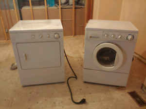 Frigidaire Gallery Washer/Dryer Combo