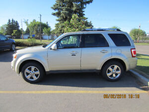 Ford Escape Limited 2011 – Loaded – Excellent Condition - Low Km