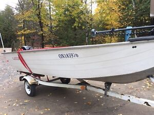 14 foot Lowe aluminum with2015 merc 20 hp four stroke. 10hrs