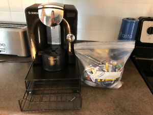 Tassimo coffee maker, plus accessories and coffee included!