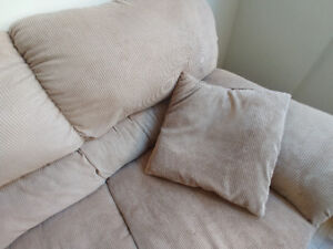 Very Comfy Couch plus 2 cushions.