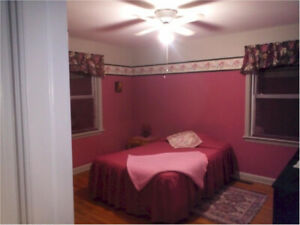 ****Room Available -Chatham -  No Leases - Month To Month****