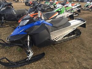 "2010 SkiDoo Summit Everest 146"" LOW MILES"