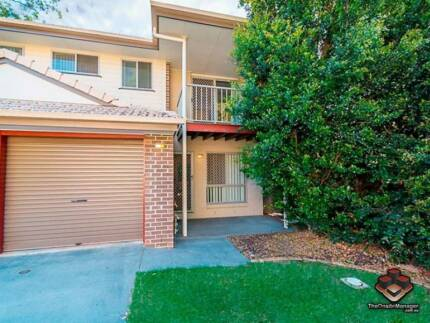 ID 3864188 - MODERN TOWNHOUSE IN A pEACEFUL COMPLEX