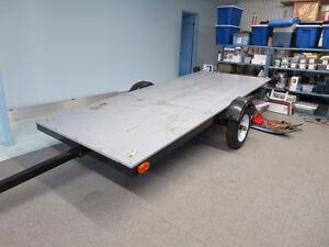 Remorque plateforme basculante 4'6'' X 11 pieds