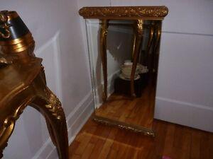 Très beau miroir biseauté doré de qualité (004)