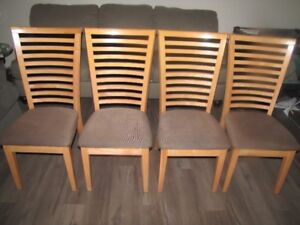 Dining Kitchen Table Plus 4 Chairs