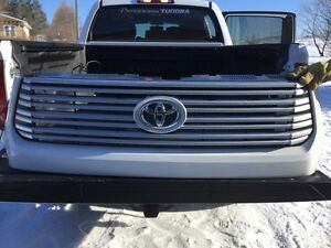 2015 Toyota Tundra Platinum Grille with White Surround