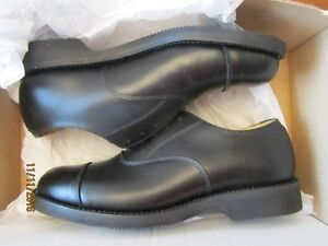 MENS 100% LEATHER OXFORD SHOES VIBRUM SOLES - SIZE 8 - NEW $200