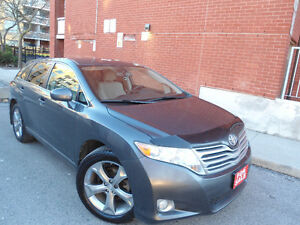 2010 TOYOTA VENZA V6 AWD , LOW MILEAGE , ONLY 122 KM ,CLEAN CAR!