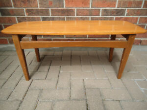SMALL SOLID WOOD MID CENTURY MODERN COFFEE TABLE